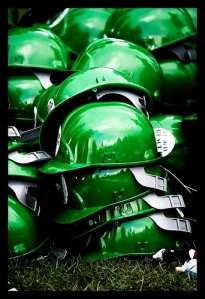 Hard hats to symbolise a Green New Deal, handed out by Avaaz during last Saturday's demonstration (© Avaaz.org 2009)
